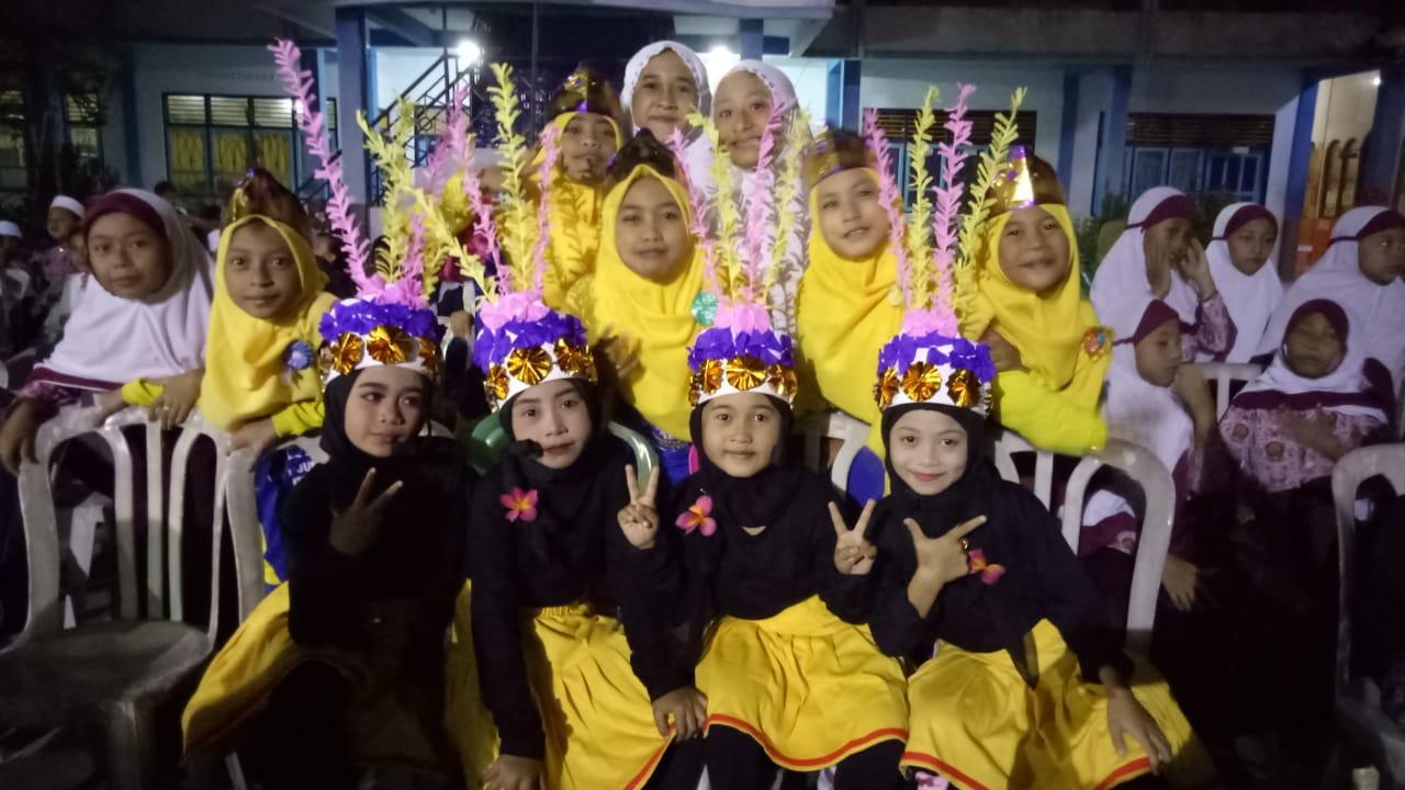 Penampilan siswa-siswi mimsatu uiungpangkah